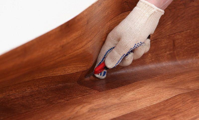 Как постелить линолеум своими руками — пошаговая инструкция.